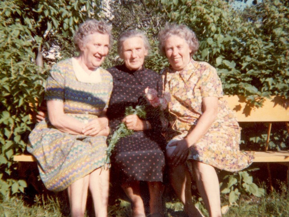 Heidi Pajusoo's mother and two aunts